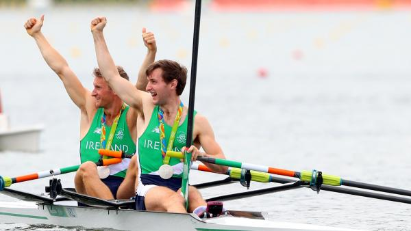 Irish rowers celebrate